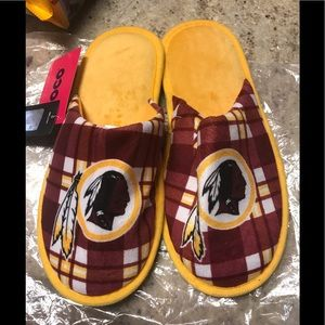 NWT Washington Redskins Slippers